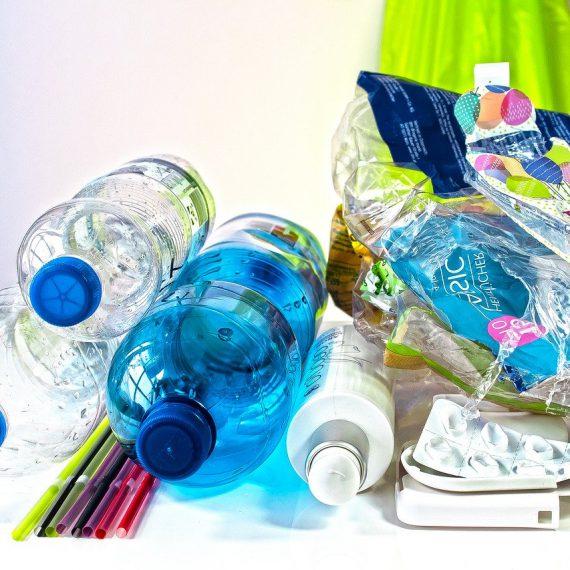 ambalaje deseuri plastic